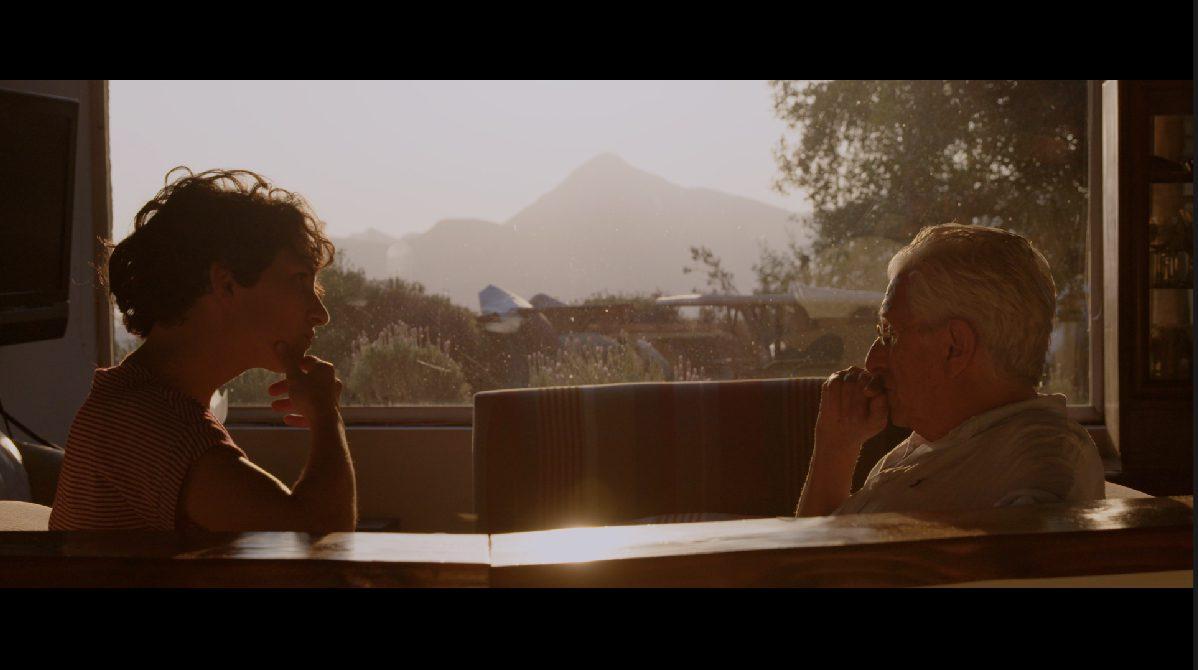 La directora Maura Morales conversa acerca de su nuevo documental «Entierro»